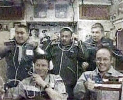 Astronauts Sharipov, Padalka, Chiao, Shargin and Fincke are seen in International Space Station