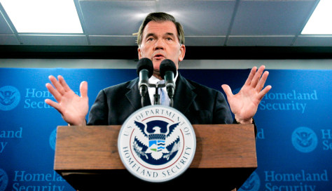 Homeland Security Secretary Tom Ridge announces his resignation