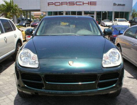 Image: 2004 Porsche Cayenne