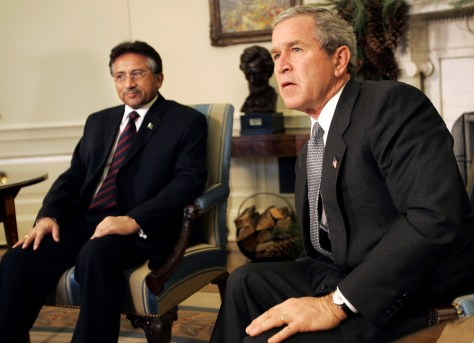 Image: Musharraf and Bush