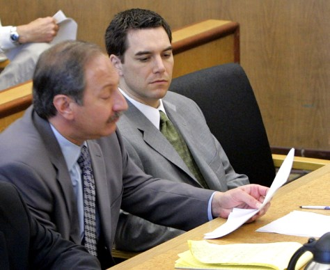 Convicted murderer Scott Peterson and his lawyer Geragos during defense closing arguments phase of his trial