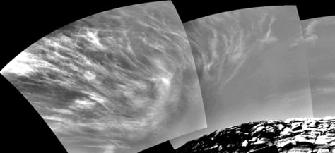 Image: Martian clouds