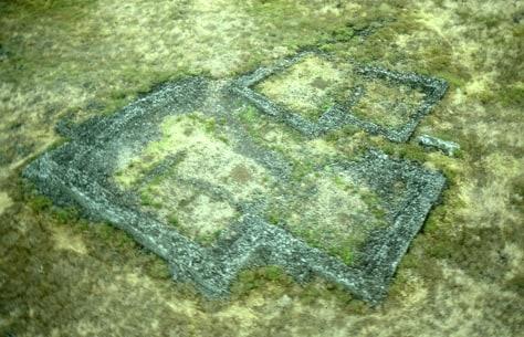 Image: Hawaiian ruins