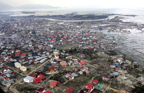 An aerial view shows the tsunami-devastated city of Banda Aceh