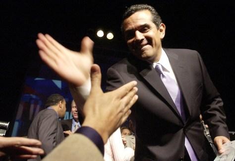 Image: L.A. Mayoral candidate Antonio Villaraigosa.