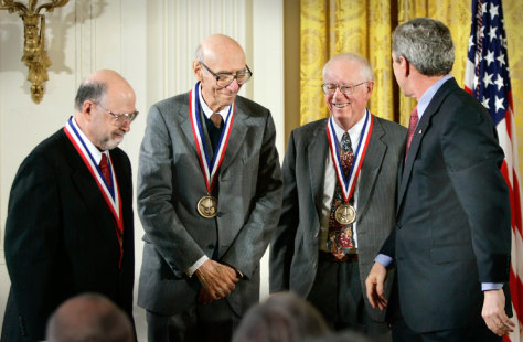 Corning scientists receive medals