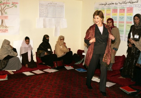 Image: Laura Bush visits Kabul University.