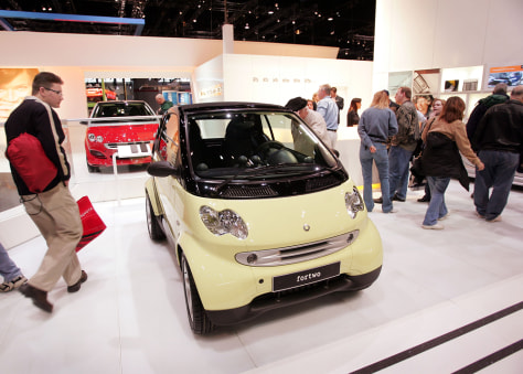 SMART CAR AT CHICAGO AUTO SHOW