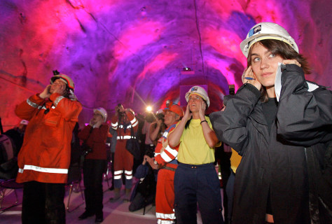 TUNNEL UNDER SWISS ALPS COMPLETED
