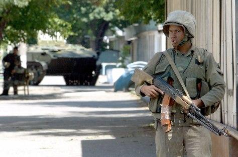 Image: Uzbek soldier patrols in Andizhan