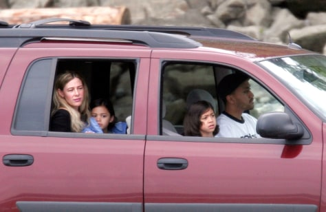 Image: Mary Kay LeTourneau And Vili Fualaau drive with their children.