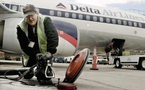 Delta Set To Report Large Loss This Year