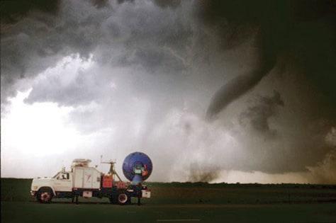 Image: Monitoring Kansas tornado