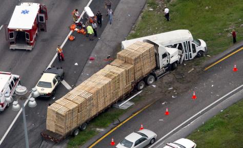 Image: bus crash