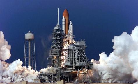 shuttle launch in 2002