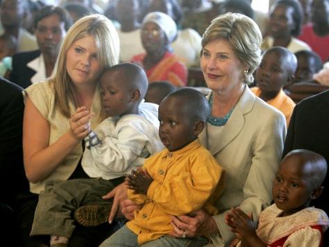 Image: Laura Bush in Rwanda