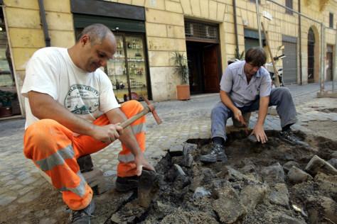 Image: cobblestone streets