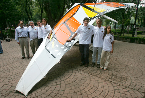 IMAGE: MOTORIZED GLIDER