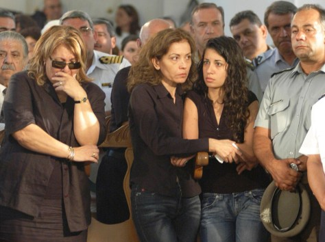 Image: Cypriots mourn Greece crash victims.