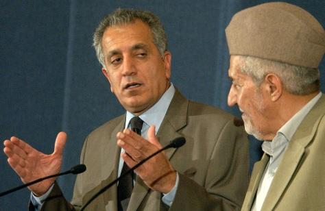 Image: U.S. ambassador, left, with Iraqi Sunni leader.