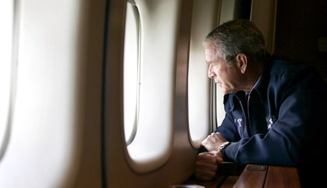 IMAGE: BUSH VIEWING NEW ORLEANS FROM PLANE