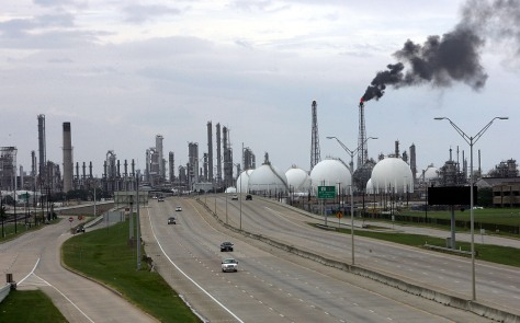 Image: Shell refinery