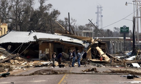 LA: FEMA OFFICIALS SURVEY HURRICANE RITA DAMAGE