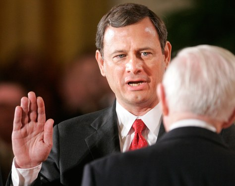 Image: Roberts sworn in