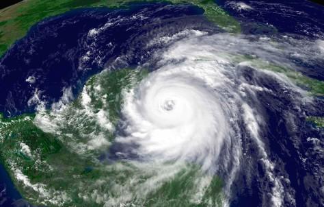 Hurricane Wilma approaches Yucatan