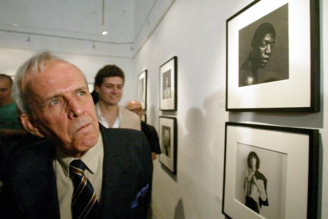 Image: The president of the Cuban Parliament, Ricardo Alarcon, views an exhibit of Robert Mapplethorpe's photography in Havana on Tuesday.