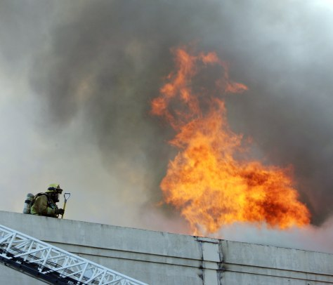 IMAGE: LOS ANGELES BUILDING FIRE
