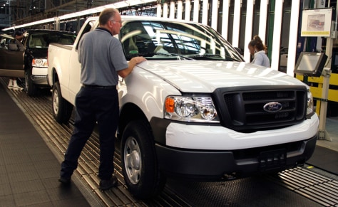 Ford Offers Sales Referrals Incentive Program For Workers
