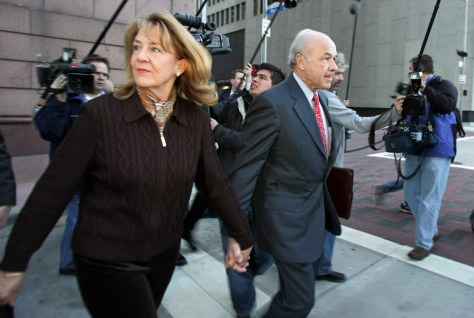 Former Enron CEO Lay arrives at federal court with wife Linda in Houston