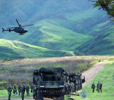 IMAGE: TROOPS IN MAKUA VALLEY