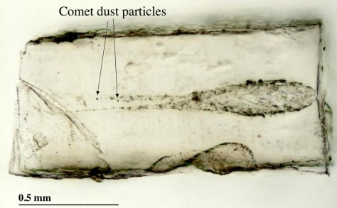 Image: Comet dust tracks