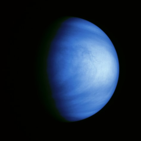 Image: Venus' clouds