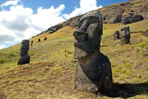 Image: Easter Island statues