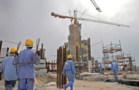 Laborers riot over low Dubai wages - World news - Mideast/N