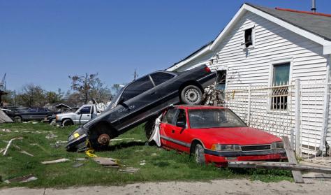 Image: Abandoned cars