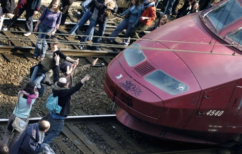 Thousands of students block the trains at Gare du Nord, Paris