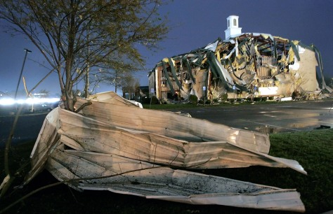 Igame: Tennessee tornado damage