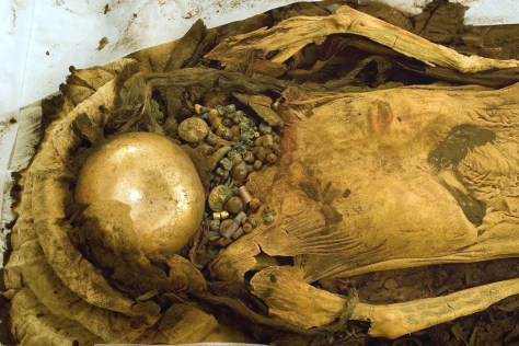 Image: Female Moche mummy