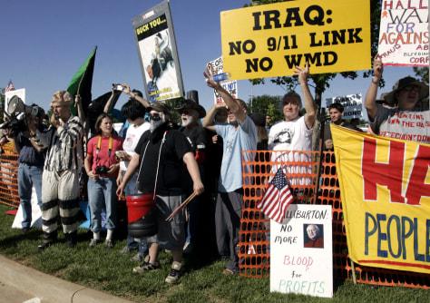 Image: Halliburton protesters
