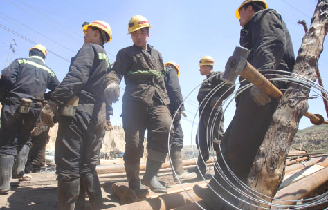 Image: Chinese mine rescue