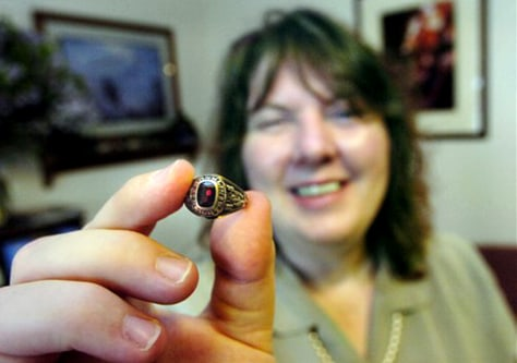 Lisa Peterson holds ring