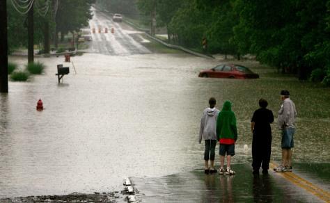 IMAGE: FLOODED STREET NEAR CLEVELAND