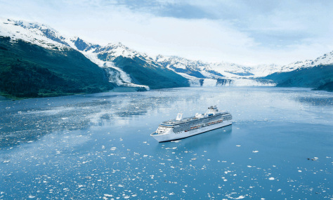 Image: Cruise ship in bay with glaciers.