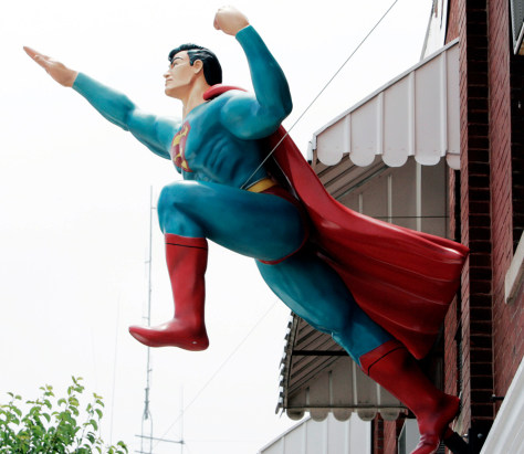 Image: Superman statue
