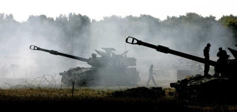 IMAGE: Israeli artillery