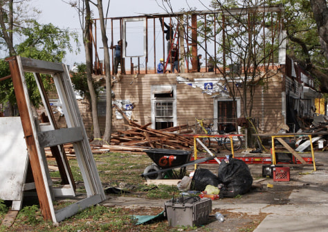 Image: Katrina-damaged house